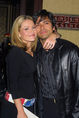 Kelly Ripa and husband Mark Consuelos at the Manhattan nightclub debut of Susan Lucci and the opening of the fall season at Feinstein's At The Regency in New York City on October 2, 2001.Manhattan, New YorkPhoto® Matt Baron/BEI'The Late Show with David Letterman' TV show, New York, USA - 11 Oct 2001beimb100201_038