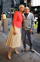"""Sarah Jessica Parker, Cynthia Nixon, Kristin Davis, David Eigenberg, Mario Cantone, Willie Garson, Evan Handler, Alexa Swinton, Cathy Ang and Niall Cunningham are seen filming """"And Just Like That"""" set outside the Lyceum Theater in Midtown, Manhattan in New York City. 24 Jul 2021 Pictured: Sarah Jessica Parker,Cynthia Nixon,Kristin Davis,David Eigenberg,Mario Cantone,Willie Garson,Evan Handler,Alexa Swinton,Cathy Ang,Niall Cunningham. Photo credit: Jose Perez/Bauergriffin.com / MEGA TheMegaAgency.com +1 888 505 6342 (Mega Agency TagID: MEGA773875_005.jpg) [Photo via Mega Agency]"""